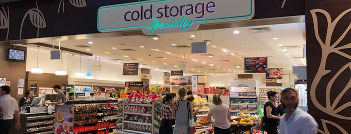 Cold Storage Specialty is one of Lieux qui ont plu à Kevin.