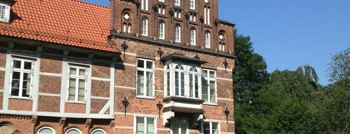 Schloss Bergedorf is one of Jana : понравившиеся места.