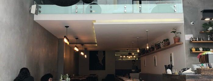 Bondi Coffee Kitchen is one of Tempat yang Disimpan Assia.