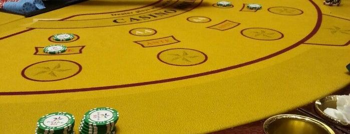 Grand Pasha Casino is one of Tempat yang Disukai Hanna.