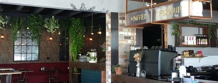 Grocer & Grind is one of Lieux sauvegardés par Raneem.