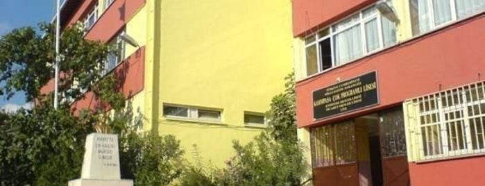 Kasımpaşa Çok Programlı Lisesi is one of Beyoğlu Liseleri.