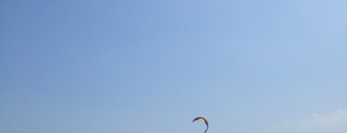 İğneada Kitesurfing is one of Lugares favoritos de Muhammed.