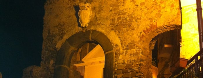 Centro Storico di Agropoli is one of Orte, die Roman gefallen.