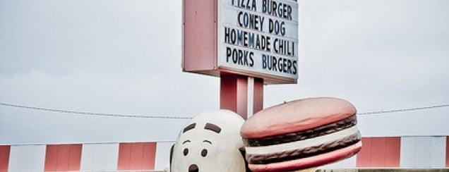 Woody's Resturaunt is one of สถานที่ที่ Bev ถูกใจ.