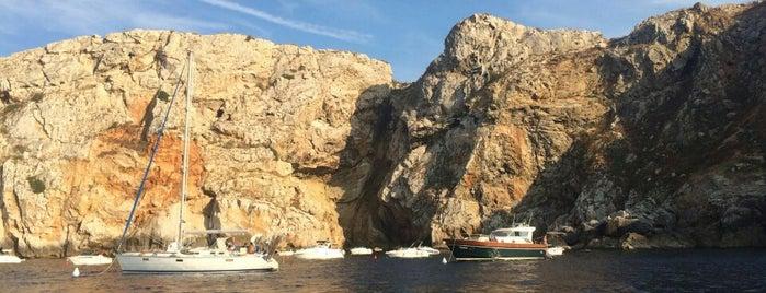 medaqua is one of Diving sites Costa Brava.