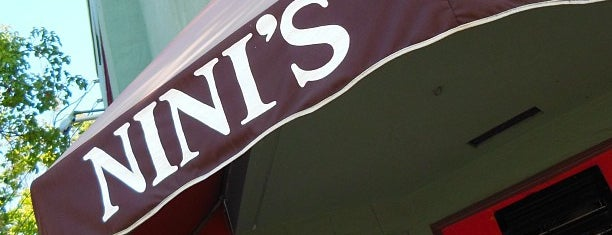 Nini's Coffee Shop is one of Lugares guardados de O.