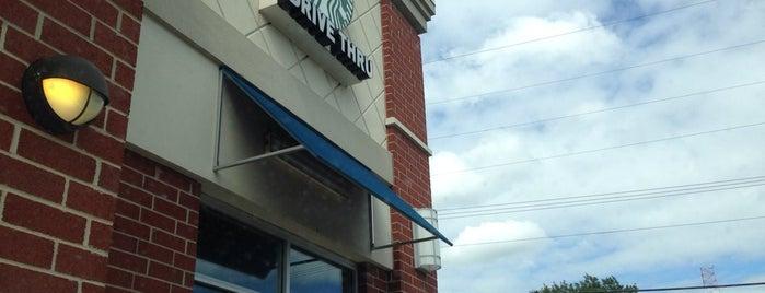 Starbucks is one of Locais curtidos por Matt.