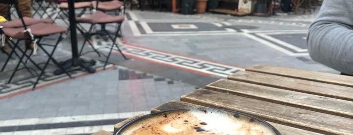 Küff Bahariye is one of Coffee Shop.