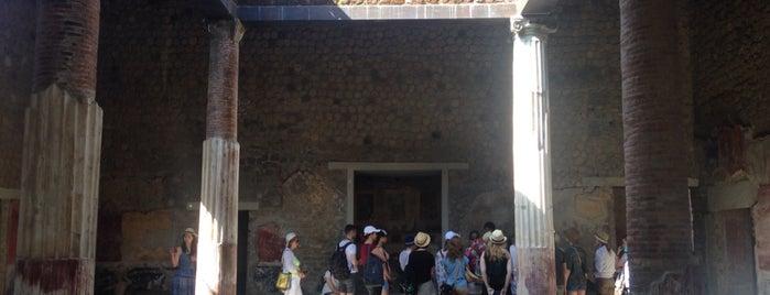Villa San Marco is one of Alexandra'nın Beğendiği Mekanlar.