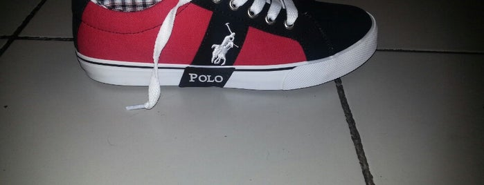U.S. Polo Assn. is one of Arifeさんのお気に入りスポット.