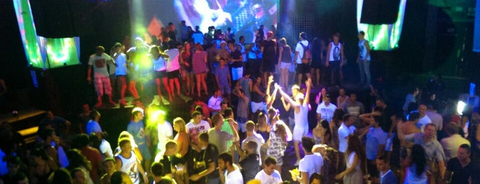 The Green Mango Club is one of koh Samui.