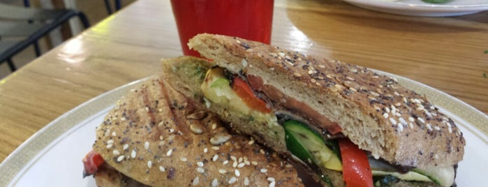 The Refectory Cafe is one of Durham Localista Favorites.