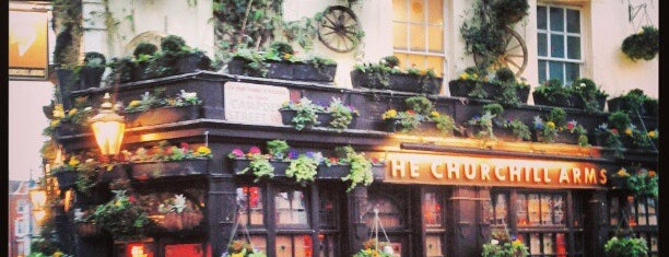 The Churchill Arms, Kensington is one of Bons plans Londres.