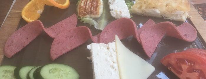 Simitçi Dünyası Cafe & Bistro is one of Orte, die EmRe 👑 gefallen.
