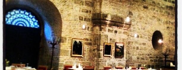 Prímás Pince is one of Lugares favoritos de Arkady.