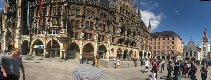 Marienplatz is one of Lieux qui ont plu à Kawika.