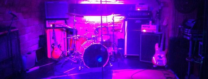 Le Klub is one of LIVE MUSIC PARIS.