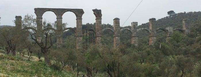 Αρχαίο Yδραγωγείο (Romain Aquaduct) is one of Lieux qui ont plu à Tahsin.