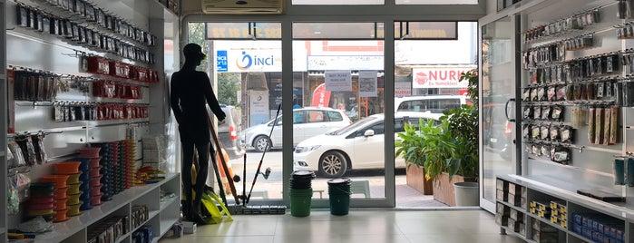 Aliağa Av Market Mehmet Yamaner is one of Posti che sono piaciuti a Tahsin.