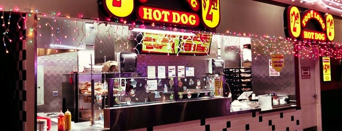 Footlong Hot Dog is one of Vegas.
