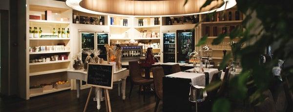 OK Bar Italy is one of Самые популярные бары Киева.
