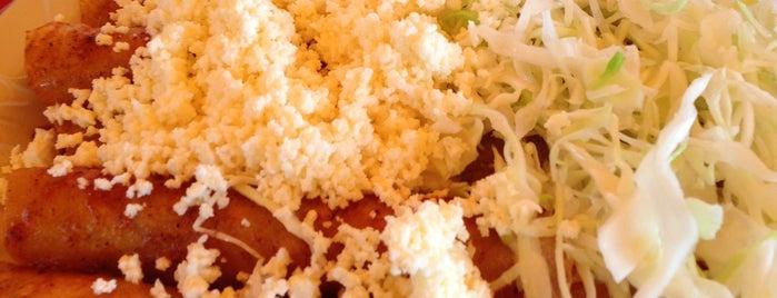 Tacos Paco's is one of Tempat yang Disimpan Lucila.