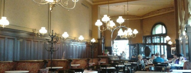Café Sperl is one of Wien-Tips.