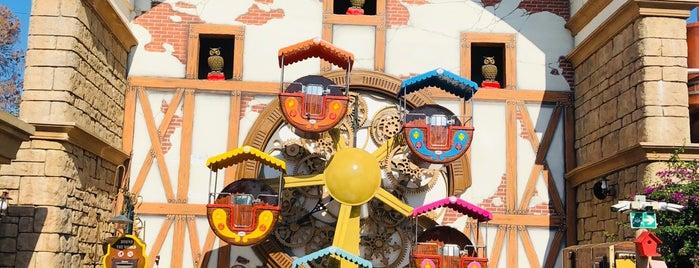 Theme Park is one of Bir Gezginin Seyir Defteri.