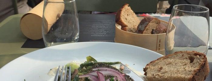 La Table du Luxembourg is one of Restaurants Paris.