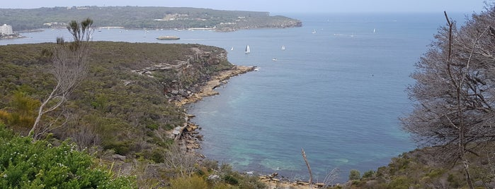 Dobroyd Point is one of Tempat yang Disukai Antonio.