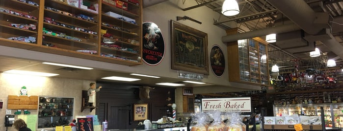 Osseo Meat Market and Deli is one of Healthy Spots.