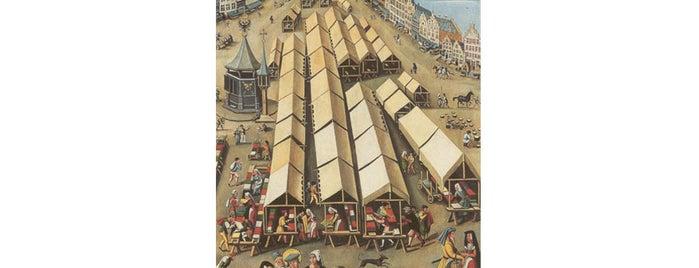 Markt is one of Orte, die Kevin gefallen.