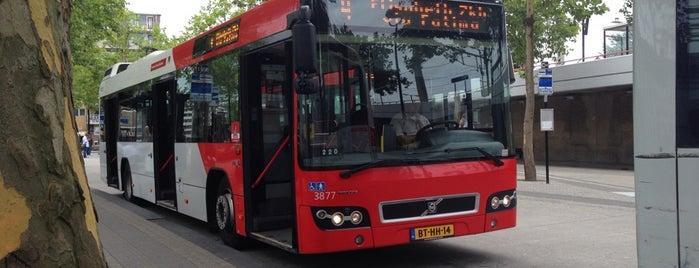 Bus 4 naar Centraal Station is one of Orte, die Kevin gefallen.