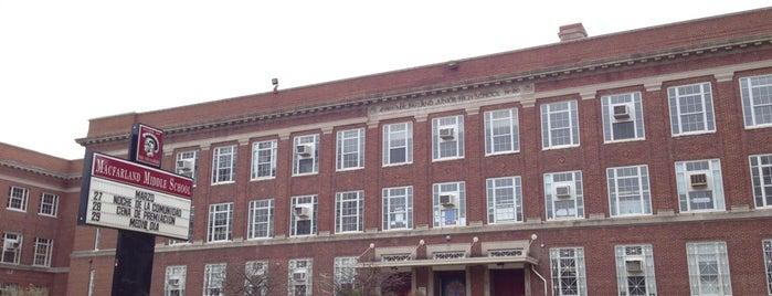MacFarland Middle School is one of Lugares favoritos de Boriana.