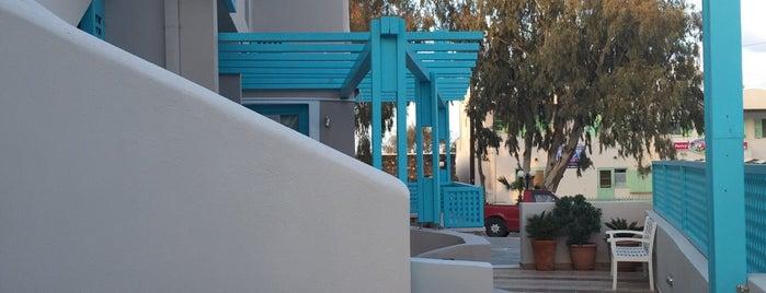 Villa Rose is one of Lugares favoritos de Candice.