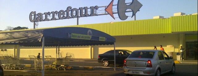 Carrefour is one of Locais curtidos por Fábio.