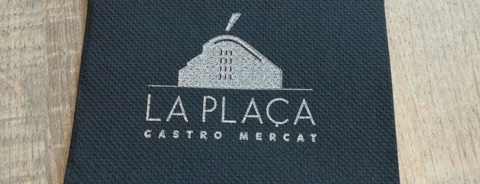 La Plaça Gastro Mercat is one of Orte, die Michael gefallen.