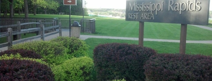 Mississippi Rapids Rest Area is one of USA 5.