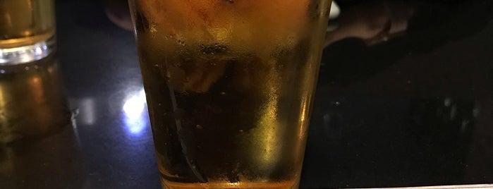 Asaka Sushi & Grill is one of Annika 님이 좋아한 장소.