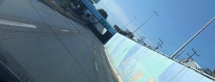 Puente Alfredo V Bonfil is one of Tempat yang Disukai HECTOR.