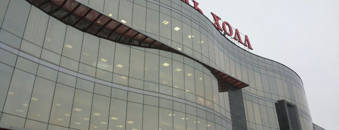 Мебель-Холл is one of TOP-100: Торговые центры Санкт-Петербурга.