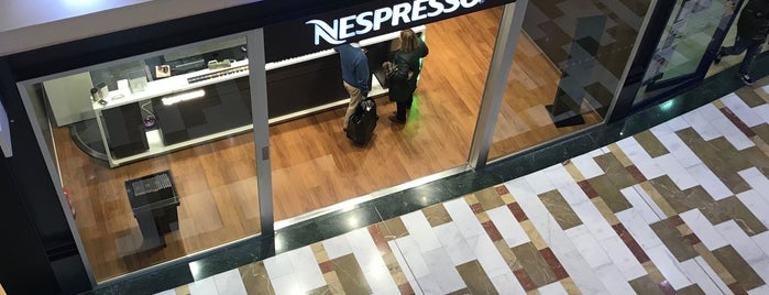 nespresso is one of Lieux qui ont plu à anthony.