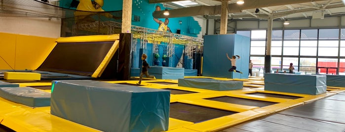 Trampoline Park is one of Lieux qui ont plu à anthony.