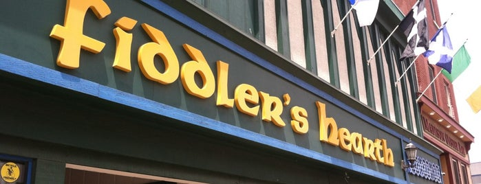 Fiddler's Hearth is one of Tempat yang Disukai Bryan.