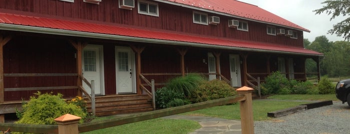 Tyler Hill Farm Country Inn is one of สถานที่ที่ Daniele ถูกใจ.