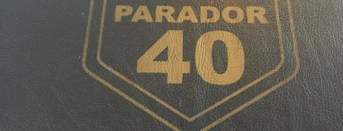 Parador 40 is one of Barrio de Villa Luro.