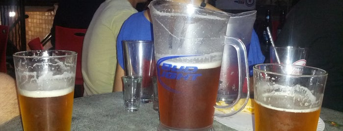 Rudy's Bar & Grill is one of Lugares favoritos de Patrick.