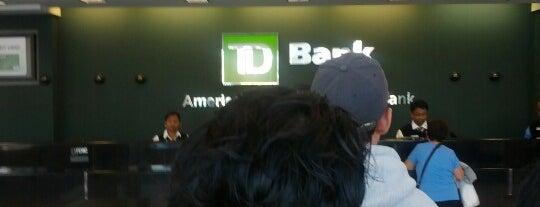 TD Bank is one of Lugares favoritos de Patrick.
