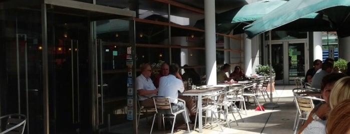 Cenaro is one of Vienna's wheelchair accessible restaurants.